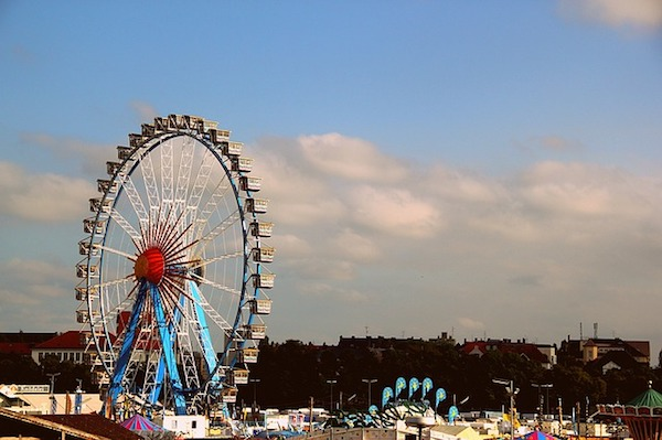 carnival-1285359_640